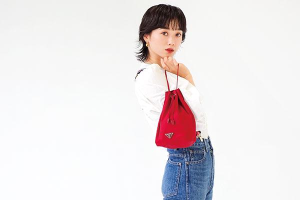 朝比奈彩、吉川愛、宮城舞がバッグの中身を大公開!ガジェットは必須・コスメポーチはミニマム?