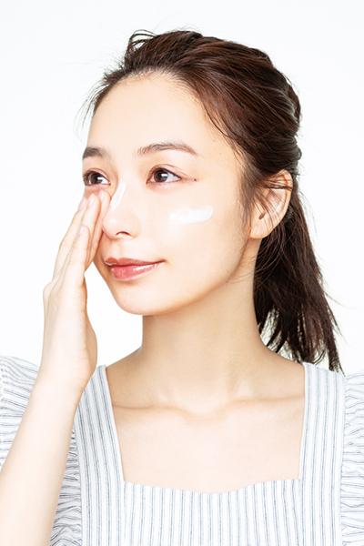 正しい日焼け止めの塗り方|ポイントは推奨されている量をしっかり塗ること[美容皮膚科医直伝]