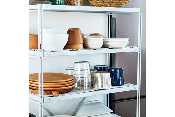 人気ミニマリストの収納術|用途に合わせた収納スペースに入る量しか持たない!