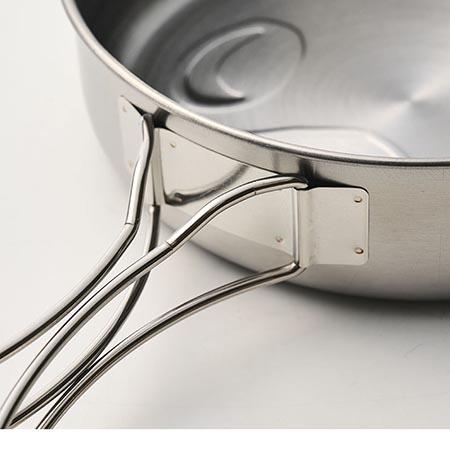 キャンプ料理用の鍋やフライパンとしても重宝
